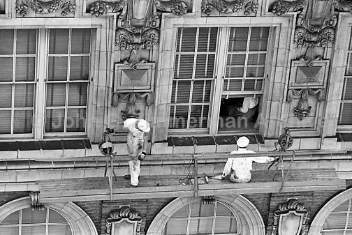 Window washers at work on high-rise building, Atlanta, Georgia, 1952. Credit: © John G. Zimmerman Archive