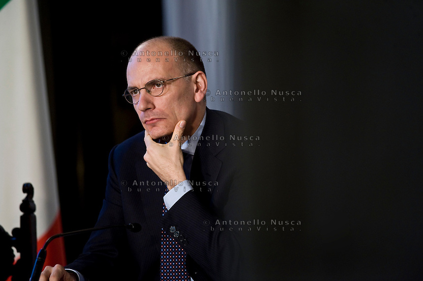 Il Presidente del Consiglio Enrico Letta durante la conferenza stampa con Mariano Rajoy a Villa Madama al termine del summit Italia Spagna. Italian Prime Minister Enrico Letta  attends the press conference at the end of the Italy-Spain Summit in Rome.