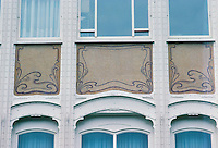 Victor Horta: Hotel Van Eetveld. Detail of iron and glass. Note rivets.