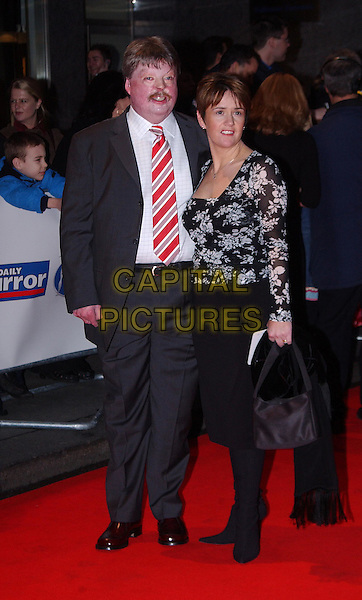 SIMON WESTON.Daily Mirror Pride Of Britain Awards, London Hilton Hotel, Park Lane.15th March 2004.full length, full-length.www.capitalpictures.com.sales@capitalpictures.com.©Capital Pictures