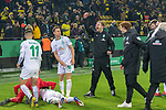 05.02.2019, Signal Iduna Park, Dortmund, GER, DFB-Pokal, Achtelfinale, Borussia Dortmund vs Werder Bremen<br /> <br /> DFB REGULATIONS PROHIBIT ANY USE OF PHOTOGRAPHS AS IMAGE SEQUENCES AND/OR QUASI-VIDEO.<br /> <br /> im Bild / picture shows<br /> <br /> Jubel Jiri Pavlenka (Werder Bremen #01) und Max Kruse (Werder Bremen #10) Niklas Moisander (Werder Bremen #18) erschrocken vom Jubel Florian Kohfeldt (Trainer SV Werder Bremen)<br /> Foto &copy; nordphoto / Ewert