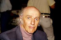 June 1992 File photo - Gilles Vignault sign autographs for fans