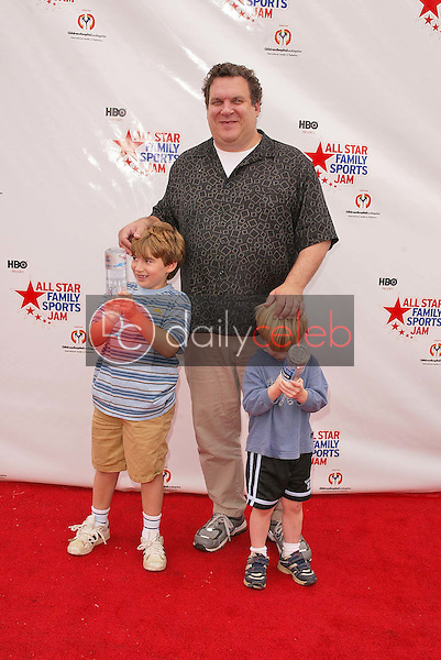 Jeff Garlin and sons