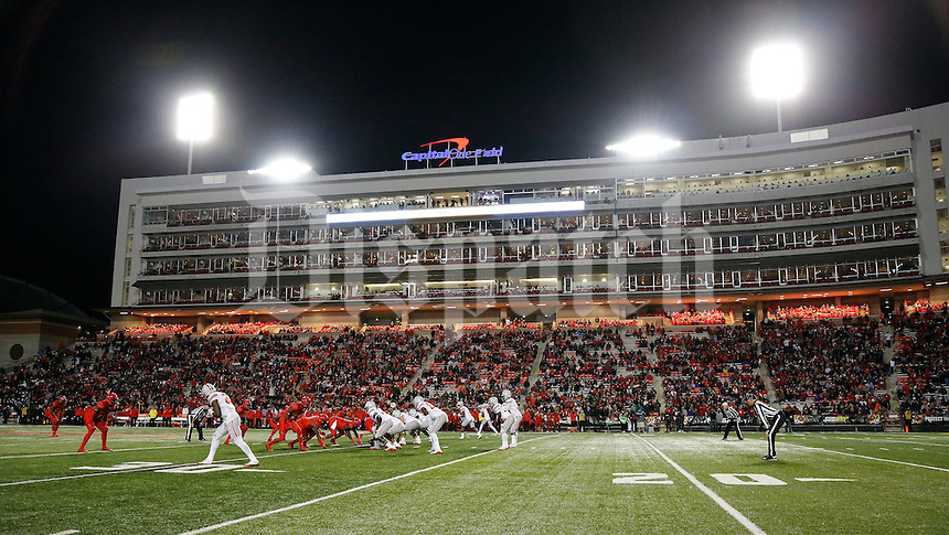 Ohio State Buckeyes take on the Maryland Terrapins during the 2nd half at Maryland Stadium in College Park, Md. on November 12, 2016.  (Kyle Robertson / The Columbus Dispatch)