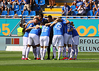 Lilien schwören sich vor dem Spiel ein - 04.08.2019: SV Darmstadt 98 vs. Holstein Kiel, Stadion am Boellenfalltor, 2. Spieltag 2. Bundesliga<br /> DISCLAIMER: <br /> DFL regulations prohibit any use of photographs as image sequences and/or quasi-video.