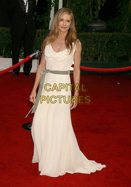 HOLLY HUNTER.14th Annual Screen Actors Guild Awards held at the Shrine Auditorium, Los Angeles, California, USA..January 27th, 2008.arrivals SAG full length white cream dress grey gray sash belt .CAP/ADM/RE.©Russ Elliot/AdMedia/Capital Pictures. *** Local Caption *** .