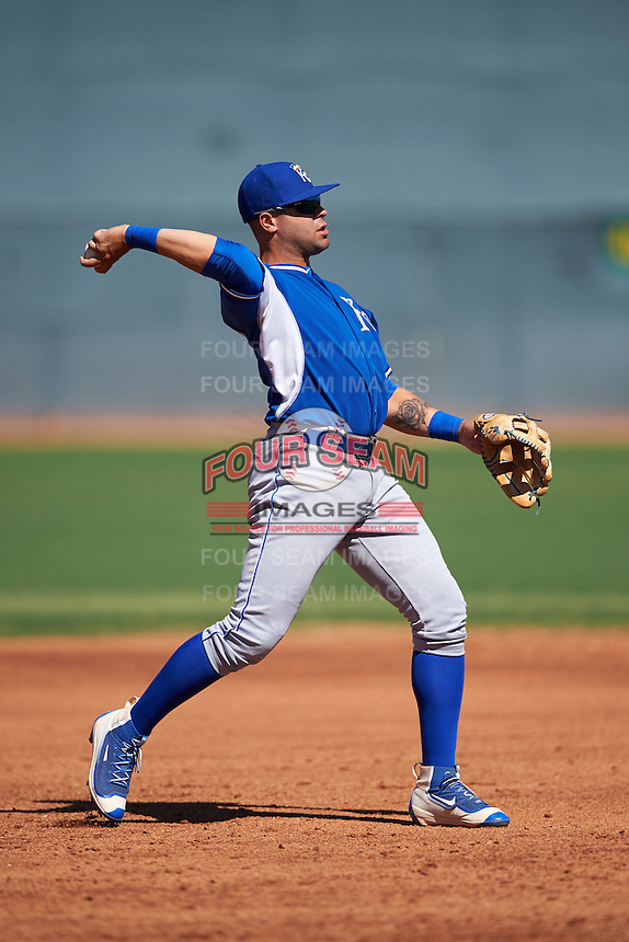 Kansas City Royals Emmanuel Rivera (7) during an Instructional League game against the Texas Rangers on October 4, 2016 at the Surprise Stadium Complex in Surprise, Arizona.  (Mike Janes/Four Seam Images)