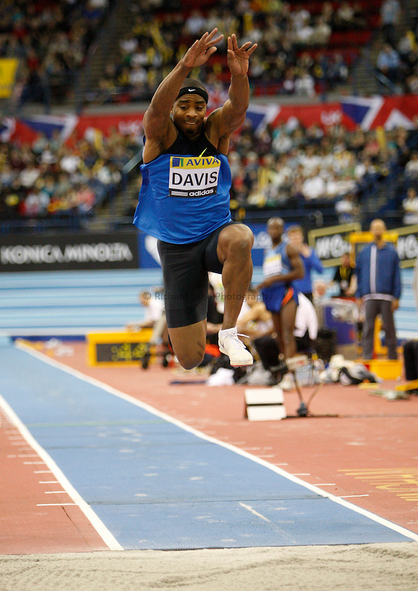 Photo: Richard Lane/Richard Lane Photography..Aviva Grand Prix. 21/02/2009. USA's Walter Davis in the men's triple jump.