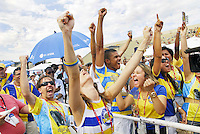 RIO DE JANEIRO - RJ - CARNAVAL 2012 - Torcida da escola de samba Unidos da Tijuca, durante a apuração dos desfiles do Carnaval 2012 no Rio, realizada no Sambódromo da Marquês de Sapucaí, nesta quarta-feira. A agremiação ganhou o título do torneio. FOTO: RONALDO BRANDÃO/BRAZIL PHOTO PRESS