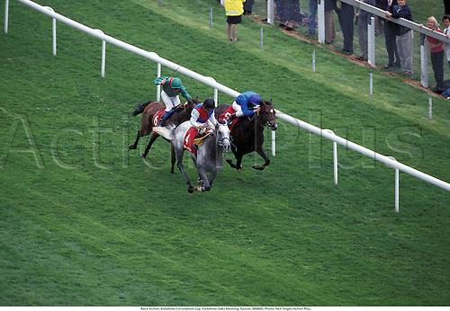 Race Action, Vodafone Coronation Cup, Vodafone Oaks Meeting, Epsom, 980605. Photo: Neil Tingle/Action Plus....1998.flat .equestrian sports.horse racing.0227