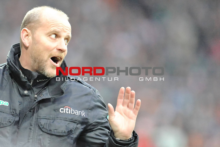 FBL 2008/2009 24. Spieltag Rueckrunde<br />  Werder Bremen - VFB Stuttgart<br /> <br /> Thomas Schaaf ( Bremen GER - Trainer  COACH)<br /> <br /> Foto &copy; nph (nordphoto )