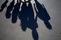 Brasilia_DF, Brasil...Detalhe da sombra de uma familia que esta visitando Brasilia...Detail of a family shadow, They are visiting Brasilia...Foto: JOAO MARCOS ROSA / NITRO