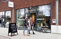 Nederland - Amsterdam - 24 maart 2018.  My Bookstore, My Flexspace , ontworpen door M + R Interior Architecture. Flexibele werkplekken en boekwinkel in het Amstelkwartier.   Foto Berlinda van Dam / Hollandse Hoogte.