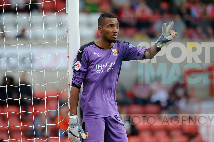 Swindon Town goalkeeper Lawrence Vigouroux<br /> - English League One - Swindon Town vs Sheffield Utd - County Ground Stadium - Swindon - England - 29th August 2015