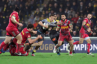 Tawera Kerr Barlow of La Rochelle and Charlie Matthews of Harlequins during the Champions Cup match between La Rochelle and Harlequins on January 21, 2018 in La Rochelle, France. (Photo by Eddy Lemaistre/Icon Sport)