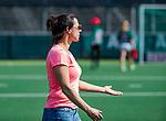 AMSTELVEEN - coach Tina Bachmann (OR)  na  de hoofdklasse competitiewedstrijd hockey dames,  Amsterdam-Oranje Rood (5-2). COPYRIGHT KOEN SUYK