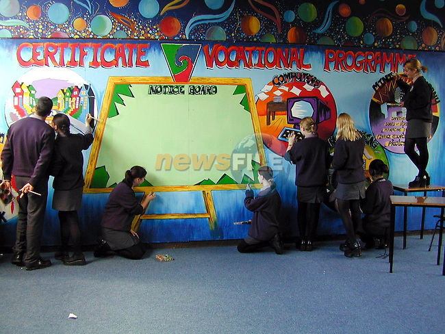 6th Year LCVP students working on a murial to commemerate the 25th anniversary of Ardee Community School..Picture Paul Mohan Newsfile