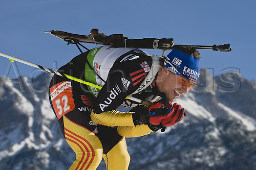 09.12.2011, Hochfilzen, Austria. The IBU Biathlon men's 10km Sprint, picture shows  Michael Greis
