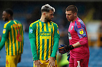 9th February 2020; The Den, London, England; English Championship Football, Millwall versus West Bromwich Albion; Charlie Austin of West Bromwich Albion receiving instructions from Goalkeeper Sam Johnstone of West Bromwich Albion for a corner kick