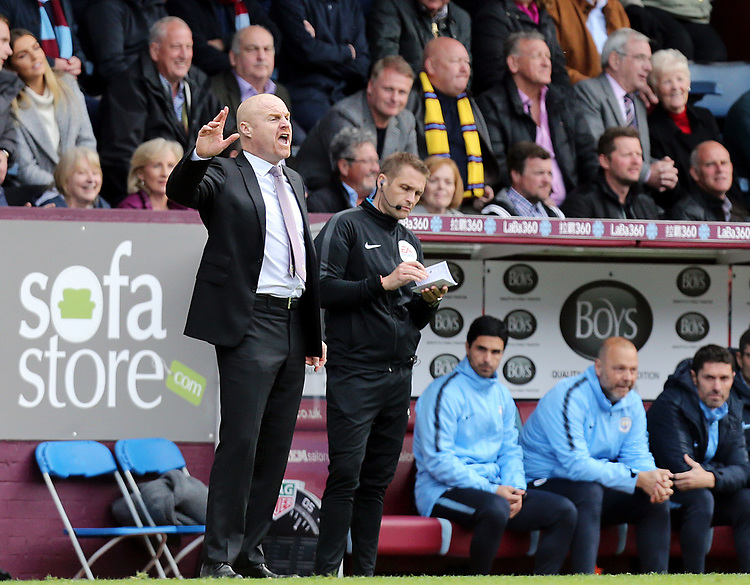 Burnley manager Sean Dyche shouts instructions to his team from the technical area<br /> <br /> Photographer Rich Linley/CameraSport<br /> <br /> The Premier League - Burnley v Manchester City - Sunday 28th April 2019 - Turf Moor - Burnley<br /> <br /> World Copyright © 2019 CameraSport. All rights reserved. 43 Linden Ave. Countesthorpe. Leicester. England. LE8 5PG - Tel: +44 (0) 116 277 4147 - admin@camerasport.com - www.camerasport.com