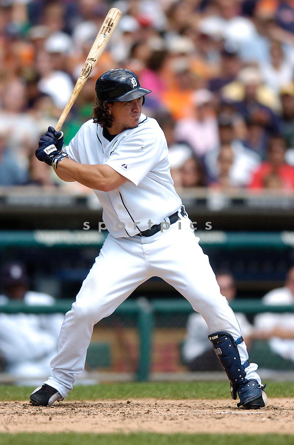 MAGGLIO ORDONEZ, of the Detroit Tigers, in action during the Tigers game against the New York Yankees in Detroit, MI on August 26, 2007...Tigers win 5-4..CHRIS BERNACCHI/ SPORTPICS.....