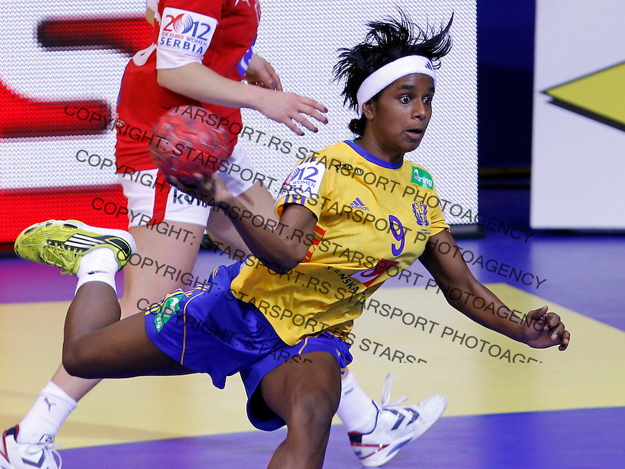 NIS, SERBIA 4/12/2012/ Louise Sand of Sweden in action during Women`s European Handball Championship match between France and FYR Macedonia (FYROM) in Cair arena in city of Nis in southern Serbia on  December 4, 2012 Credit: PEDJA MILOSAVLJEVIC/SIPA/