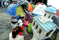 Idomeni / Greece 03/04/2016<br /> Refugees in Idomeni refugee camp, close the border with FYROM.<br /> Photo Livio Senigalliesi