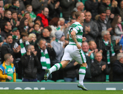 25.10.2015. Glasgow, Scotland. Scottish Premier League. Celtic versus Dundee United. Leigh Griffiths runs away with delight after the opening goal