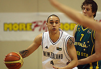 Tall Blacks guard Lindsay Tait during the International basketball match between the NZ Tall Blacks and Australian Boomers at TSB Bank Arena, Wellington, New Zealand on 25 August 2009. Photo: Dave Lintott / lintottphoto.co.nz