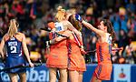 ROTTERDAM - Xan de Waard (Ned)  scoort 1-1 tijdens de Pro League hockeywedstrijd dames, Netherlands v USA (7-1)  .  links Margot Van Geffen (Ned), rechts Ginella Zerbo (Ned)  .COPYRIGHT  KOEN SUYK