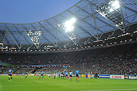 General view of a lineout under the lights of the Queen Elizabeth Olympic Park during Match 28 of the Rugby World Cup 2015 between Ireland and Italy - 04/10/2015 - Queen Elizabeth Olympic Park, London<br /> Mandatory Credit: Rob Munro/Stewart Communications