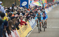 Sven Nys (BEL) followed closely by Zdenek Stybar (CZE) with the last lap to go<br />