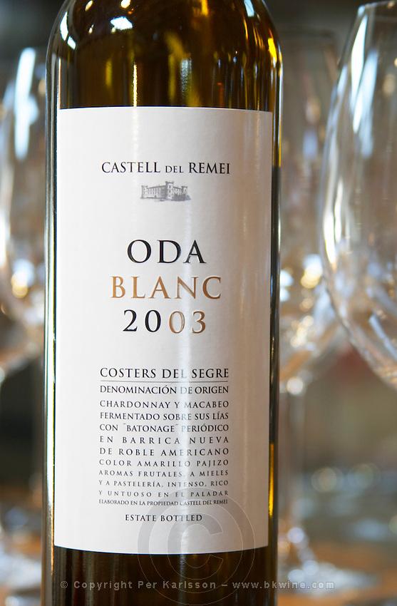 Oda Blanc 2003, chardonnay macabeo. Castel del Remei, Costers del Segre, Catalonia, Spain.