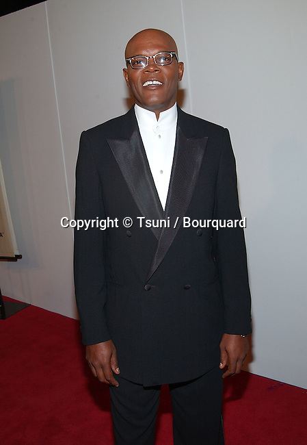 Samuel Jackson arriving at the 16th Annual Cinematheque Awards Honoring  Nicolas Cage at the Beverly Hilton  in Los Angeles. October 28, 2001.          -            JacksonSamuel21.jpg