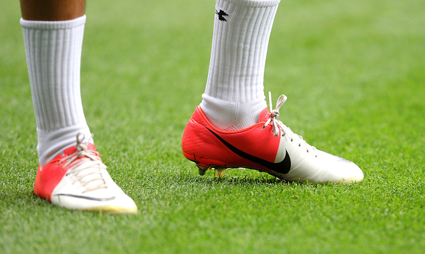 The Nike boots of Tottenham Hotspur's Andros Townsend ..Football - Barclays Premiership - Tottenham Hotspur v Norwwich City - Saturday 1st September 2012 - White Hart Lane - London..