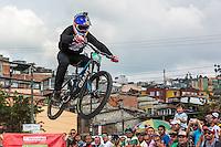 MANIZALES-COLOMBIA. 08-01-2016: Marcelo Gutierrez, de Manizalez, quien hizo los dos mejores tiempos en los lanzamientos en la Competencia de DownHill fue el ganador por quinto año consecutivo; la actividad forma parte de la versión número 60 de La Feria de Manizales 2016 que se lleva a cabo entre el 2 y el 10 de enero de 2016 en la ciudad de Manizales, Colombia. / Marcelo Gutierrez, Manizales, who made the two best times in the releases Downhill Competition was the winner for the fifth consecutive year; the activity is part of the 60th version of Manizales Fair 2016 takes place between 2 and 10 January 2016 in the city of Manizales, Colombia. Photo: VizzorImage / Kevin Toro / Cont