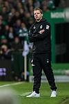 08.03.2019, Weserstadion, Bremen, GER, 1.FBL, Werder Bremen vs FC Schalke 04<br /> <br /> DFL REGULATIONS PROHIBIT ANY USE OF PHOTOGRAPHS AS IMAGE SEQUENCES AND/OR QUASI-VIDEO.<br /> <br /> im Bild / picture shows<br /> Florian Kohfeldt (Trainer SV Werder Bremen) in Coachingzone / an Seitenlinie, <br /> <br /> Foto &copy; nordphoto / Ewert