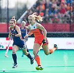 ROTTERDAM -Kyra Fortuin (Ned)   tijdens de Pro League hockeywedstrijd dames, Nederland-USA  (7-1) .  links Alyssa Manley (USA),  COPYRIGHT  KOEN SUYK
