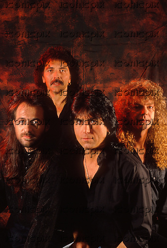 BLACK SABBATH - L-R: Tony Martin, Tony Iommi, Cozy Powell, Neil Murray - photosession - Sep 1989. Photo credit: Pete Cronin/IconicPix