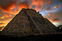 Sunset in Pyramid of the Magician, Uxmal, Mexico on June 9, 2006..Born in Argentina, photographer Ivan Pisarenko in 2005  decided to ride his motorcycle across the American continent. While traveling Ivan is gathering an exceptional photographic document on the more diverse corners of the region. Archivolatino will publish several stories by this talented young photographer..Closer look at  Ivan's page www.americaendosruedas.com...