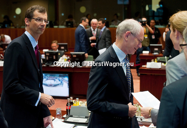Brussels-Belgium - June 29, 2012 -- European Council, EU-summit meeting of Heads of State / Government; here, Uwe CORSEPIUS (le), Secretary-General of the EU-Council; Herman Van ROMPUY (ri), President of the European Council -- Photo: © HorstWagner.eu