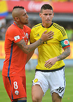 BARRANQUILLA - COLOMBIA - 10-11-2016:  James Rodriguez (Der) jugador de Colombia y Eduardo Vargas (Izq) jugador de Chile durante partido de la fecha 11 para la clasificación sudamericana a la Copa Mundial de la FIFA Rusia 2018 jugado en el estadio Metropolitano Roberto Melendez en Barranquilla./  James Rodriguez (R) player of Colombia and Eduardo Vargas (L) player of Chile during match of the date 11 for the qualifier to FIFA World Cup Russia 2018 played at Metropolitan stadium Roberto Melendez in Barranquilla. Photo: VizzorImage/ Gabriel Aponte / Staff