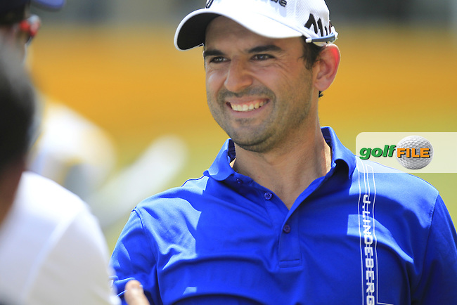 Fabrizio Zanotti (PAR) makes a putt on the 18th for an Eagle to win the Maybank Championship on Sunday 12th February 2017.<br /> Picture:  Thos Caffrey / Golffile<br /> <br /> All photo usage must carry mandatory copyright credit     (&copy; Golffile | Thos Caffrey)