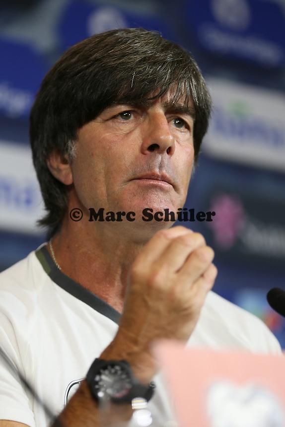 Bundestrainer Joachim Loew (Deutschland Germany) - Pressekonferenz der Deutschen Nationalmannschaft, Ullevaal Stadium Oslo, WM-Qualifikation