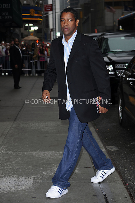 "WWW.ACEPIXS.COM . . . . . ....June 11 2009, New York City....Actor Denzel Washington made an appearance at the ""Late Show with David Letterman"" at the Ed Sullivan Theatre on June 11 2009 in New York City....Please byline: KRISTIN CALLAHAN - ACEPIXS.COM.. . . . . . ..Ace Pictures, Inc:  ..tel: (212) 243 8787 or (646) 769 0430..e-mail: info@acepixs.com..web: http://www.acepixs.com"