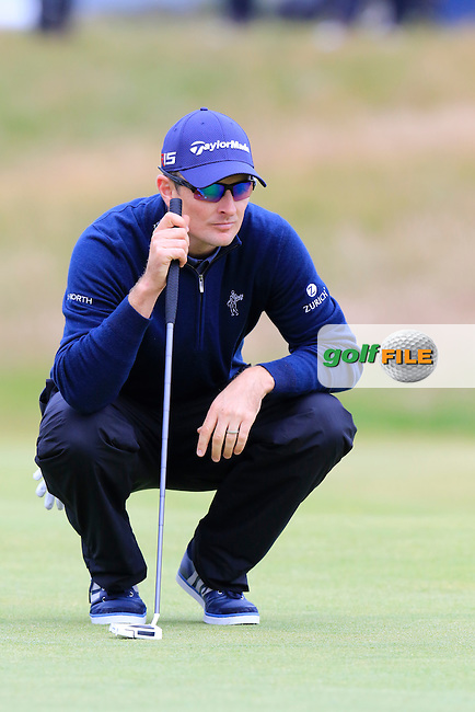 Justin Rose (ENG) lines up his putt on the 17th green during Monday's Final Round of the 144th Open Championship, St Andrews Old Course, St Andrews, Fife, Scotland. 20/07/2015.<br /> Picture Eoin Clarke, www.golffile.ie