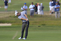 Justin Rose (ENG) plays his 2nd shot on the 8th hole during Friday's Round 2 of the 118th U.S. Open Championship 2018, held at Shinnecock Hills Club, Southampton, New Jersey, USA. 15th June 2018.<br /> Picture: Eoin Clarke | Golffile<br /> <br /> <br /> All photos usage must carry mandatory copyright credit (&copy; Golffile | Eoin Clarke)