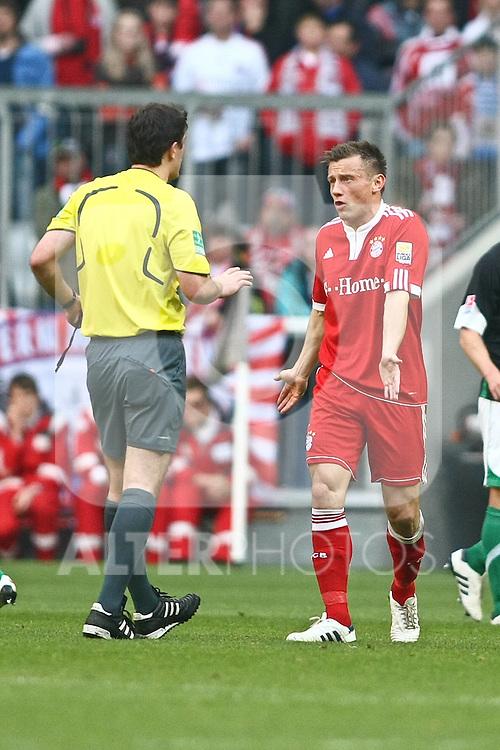 17.04.2010, Allianz Arena, Muenchen, GER, 1. FBL, FC Bayern Muenchen vs Hannover 96, im Bild Ivica Olic (FC Bayern Nr.11)  , Foto © nph / Straubmeier