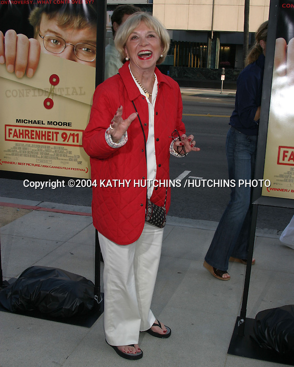 "©2004 KATHY HUTCHINS /HUTCHINS PHOTO.SCREENING OF ""FARENHEIT 9/11"".THE ACADEMY OF MOTION PICTURES ARTS AND SCIENCES.BEVERLY HILLS, CA.JUNE 8, 2004"