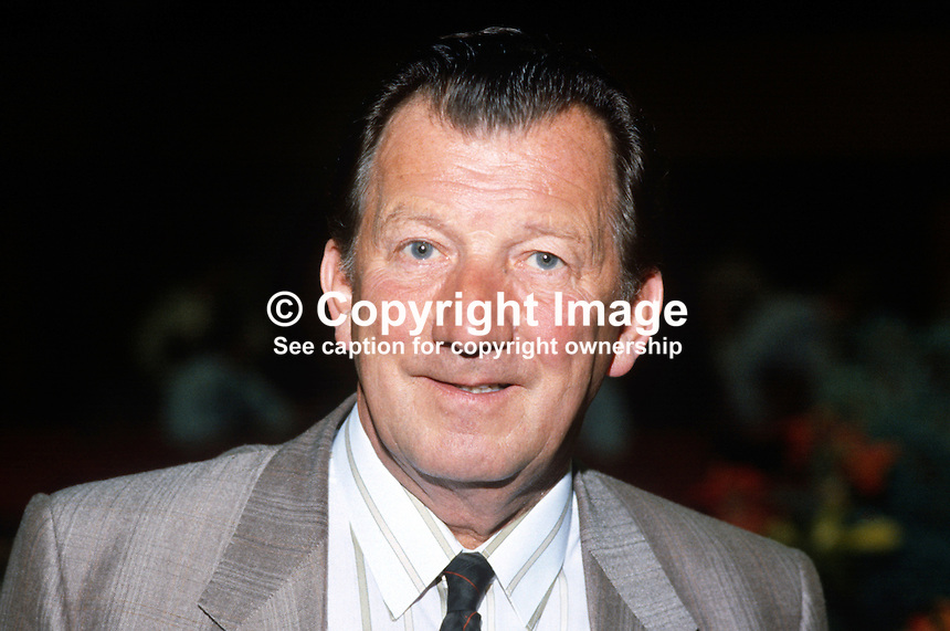 Ray Buckton, general secretary, ASLEF, Associated Society of Locomotive Engineers and Firemen, trade union, UK, addresses Trades Union Congress annual conference 1984. 19840106RB1..Copyright Image from Victor Patterson, 54 Dorchester Park, Belfast, UK, BT9 6RJ..Tel: +44 28 9066 1296.Mob: +44 7802 353836.Voicemail +44 20 8816 7153.Skype: victorpattersonbelfast.Email: victorpatterson@me.com.Email: victorpatterson@ireland.com (back-up)..IMPORTANT: If you wish to use this image or any other of my images please go to www.victorpatterson.com and click on the Terms & Conditions. Then contact me by email or phone with the reference number(s) of the image(s) concerned.